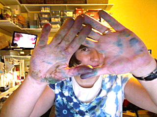 Inky hands